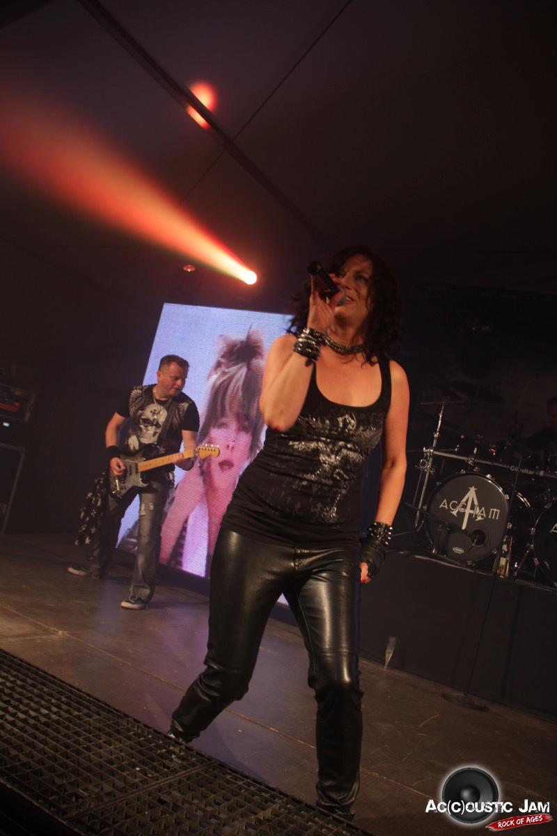 Rockband-Accoustic-Jam-Rockshow-Melly